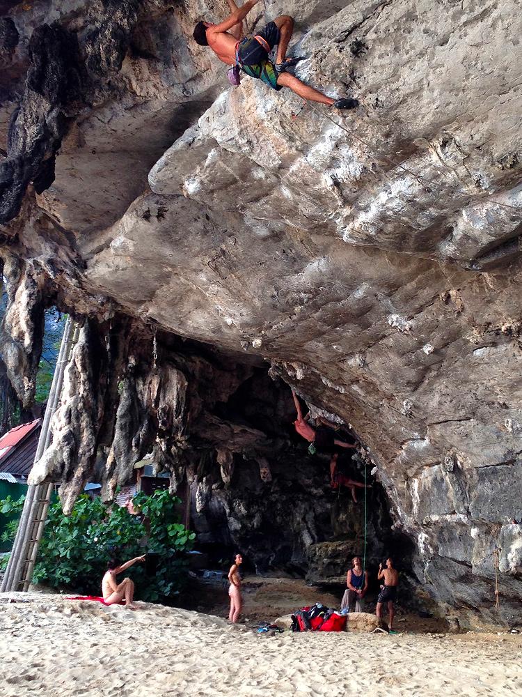 Cave_Climb_Tonsai_01_750x1000